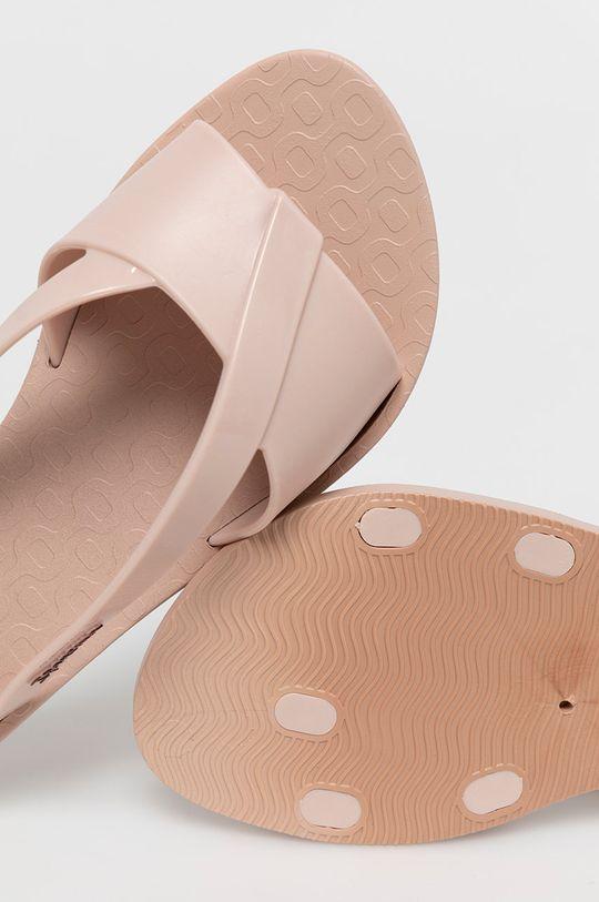 ružová Ipanema - Šľapky