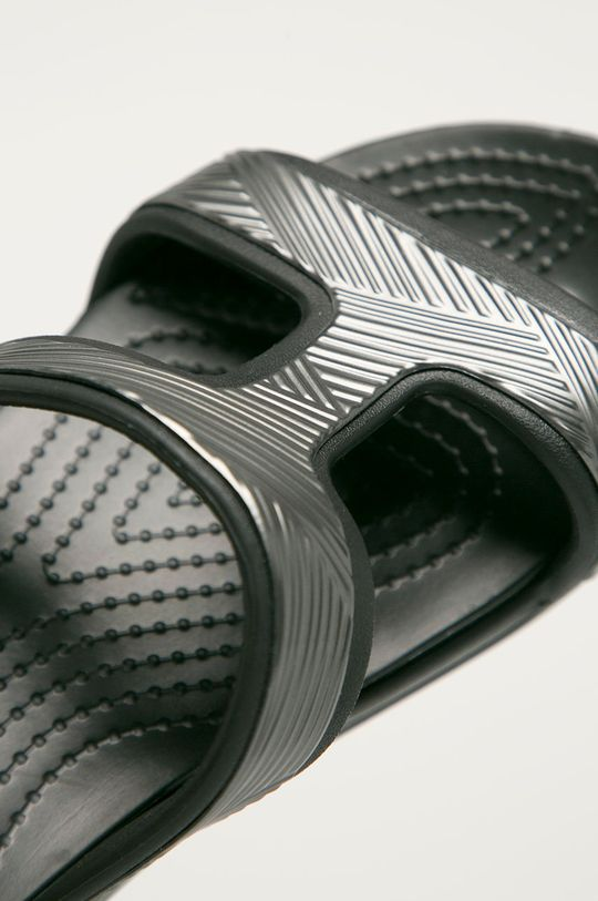 černá Crocs - Pantofle