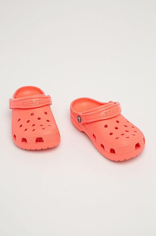 Crocs - Dětské pantofle broskvová