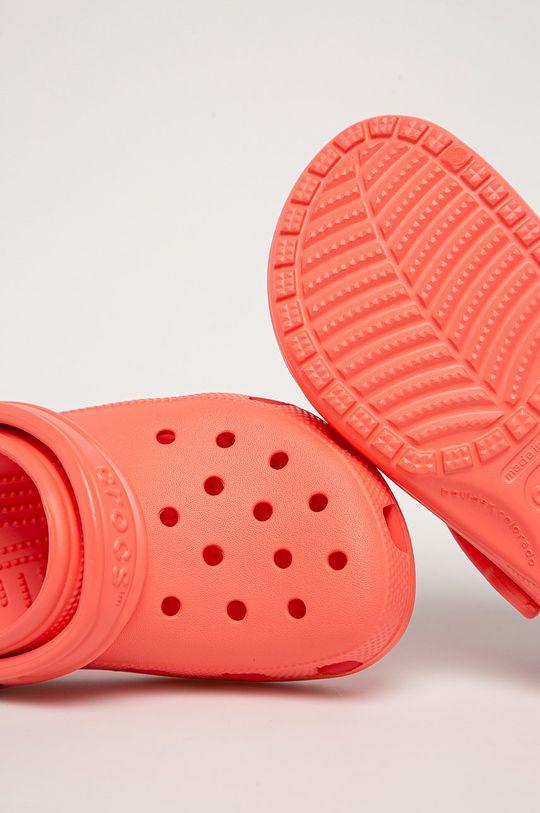 broskvová Crocs - Dětské pantofle