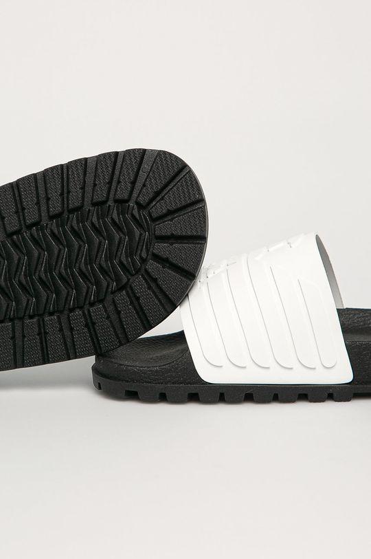 Emporio Armani - Pantofle  Svršek: Umělá hmota Vnitřek: Umělá hmota, Textilní materiál Podrážka: Umělá hmota