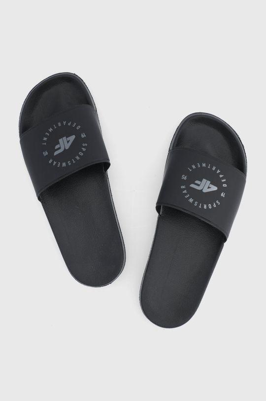4F - Šľapky čierna