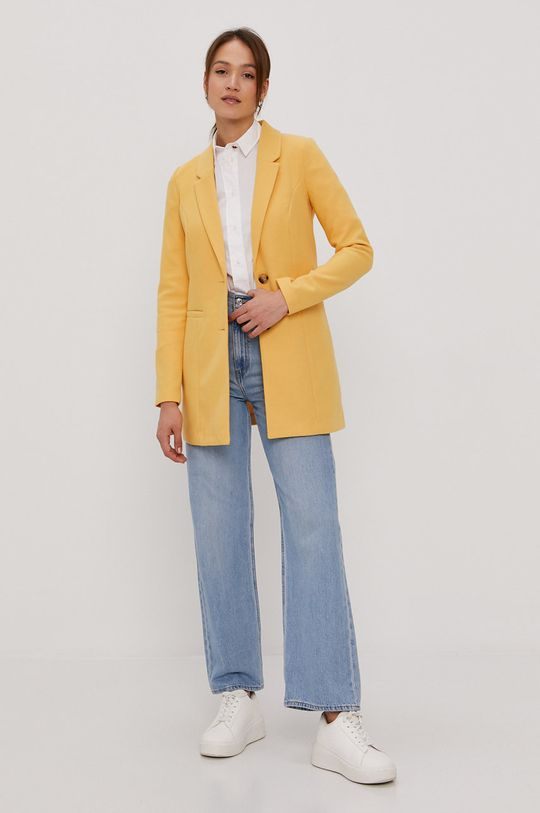 Vero Moda - Płaszcz jasny żółty