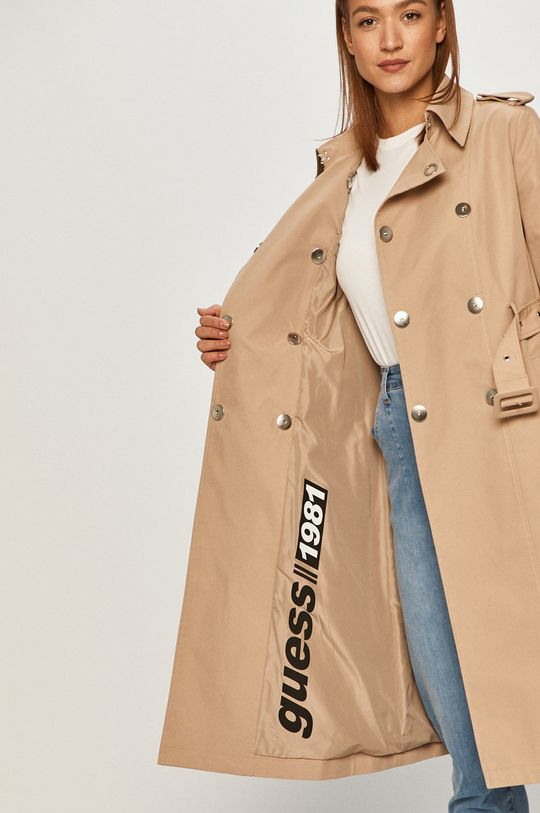 Guess - Trencz