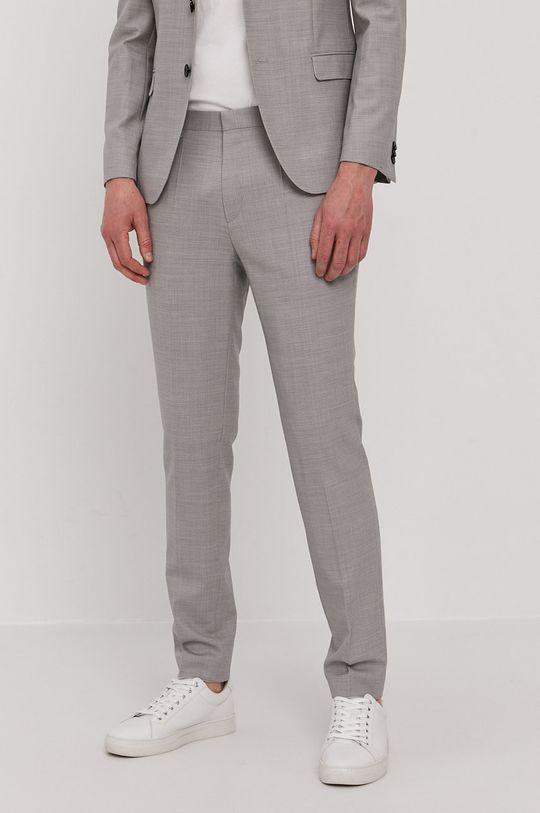 Hugo - Oblek  Podšívka: 36% Polyester, 64% Viskóza Hlavní materiál: 3% Elastan, 23% Polyester, 74% Virgin vlna