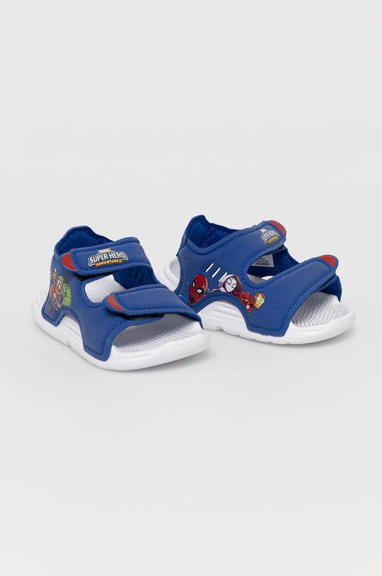 adidas - Sandały dziecięce Swim Sandal I x Marvel niebieski