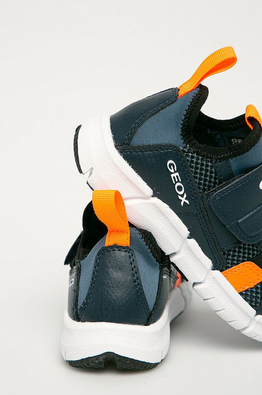 Geox - Dětské boty  Svršek: Umělá hmota, Textilní materiál Podrážka: Umělá hmota Vložka: Přírodní kůže