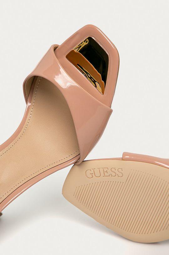 tělová Guess - Sandály