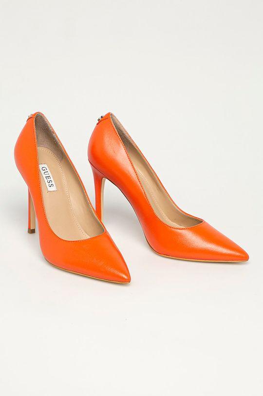 Guess - Kožené lodičky oranžová