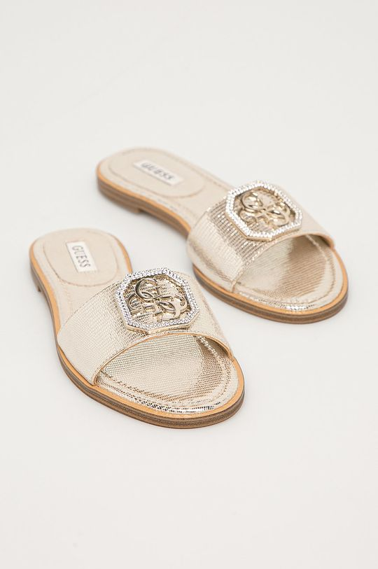 Guess - Kožené pantofle zlatá