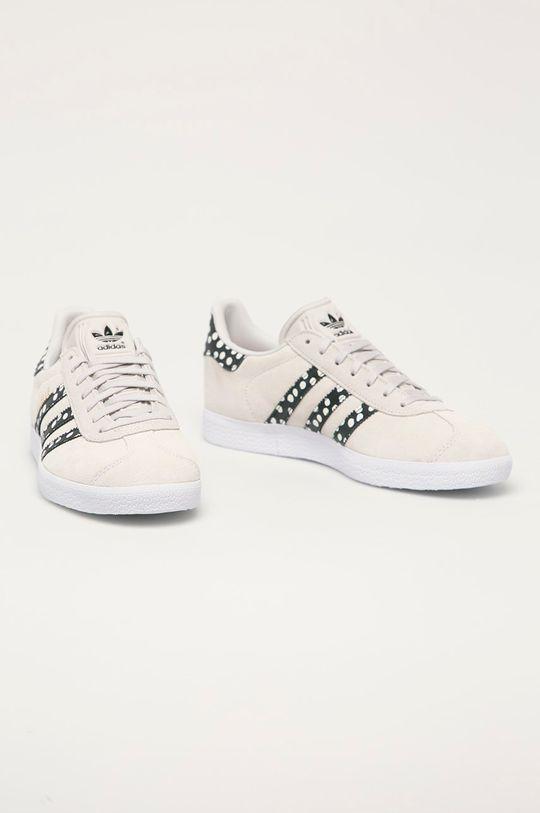 adidas Originals - Semišové boty Gazelle světle šedá