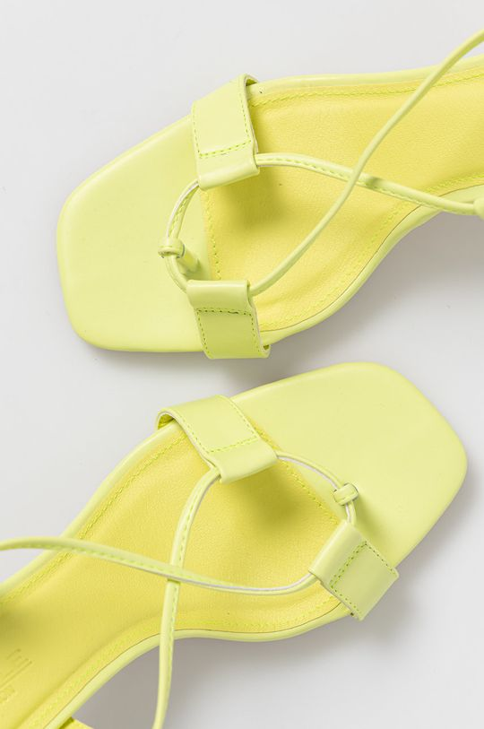 žlutě zelená Truffle Collection - Sandály