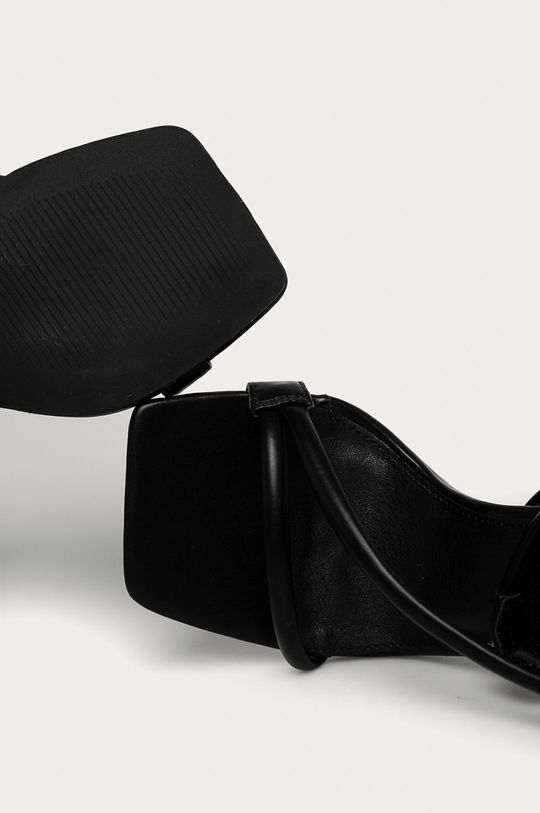 černá Truffle Collection - Sandály