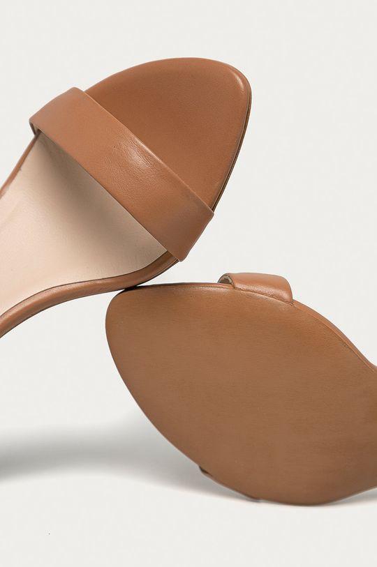 tělová Baldowski - Kožené sandály