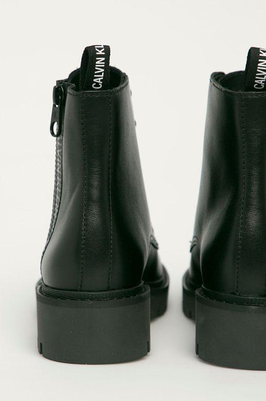 Calvin Klein Jeans - Workery skórzane Cholewka: Skóra naturalna, Wnętrze: Materiał syntetyczny, Materiał tekstylny, Podeszwa: Materiał syntetyczny