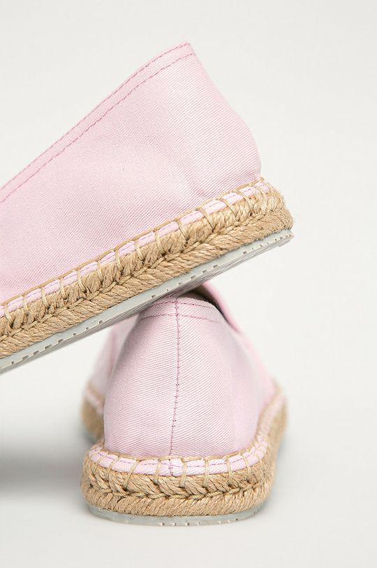 Calvin Klein Jeans - Espadrilky  Svršek: Textilní materiál Vnitřek: Textilní materiál Podrážka: Umělá hmota