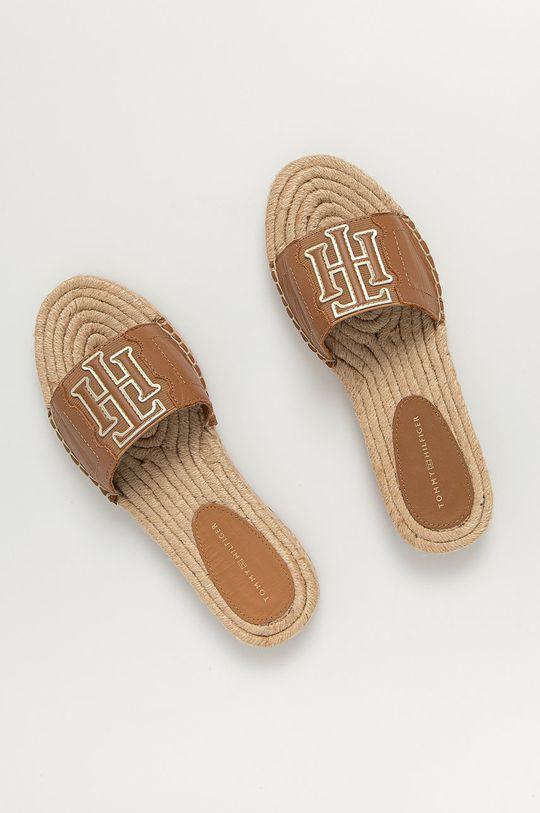 Tommy Hilfiger - Kožené pantofle kávová