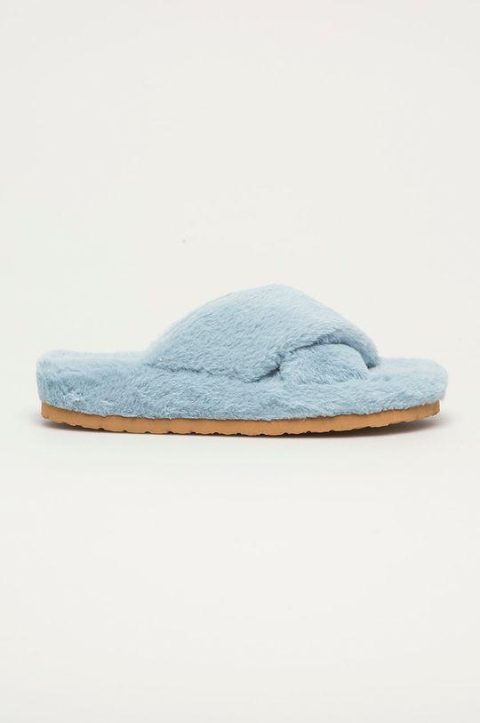 albastru deschis Steve Madden - Papuci de casa Fuzed De femei