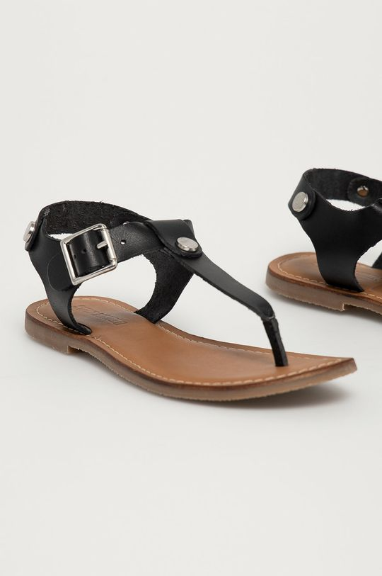 Steve Madden - Kožené sandále Tally čierna