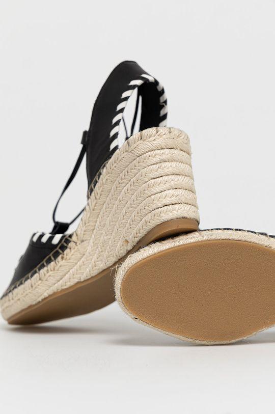 Karl Lagerfeld - Espadrilky  Svršek: Umělá hmota, Přírodní kůže Vnitřek: Textilní materiál, Přírodní kůže Podrážka: Umělá hmota