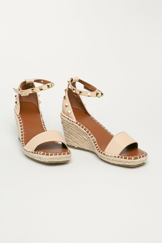 Truffle Collection - Sandály tělová