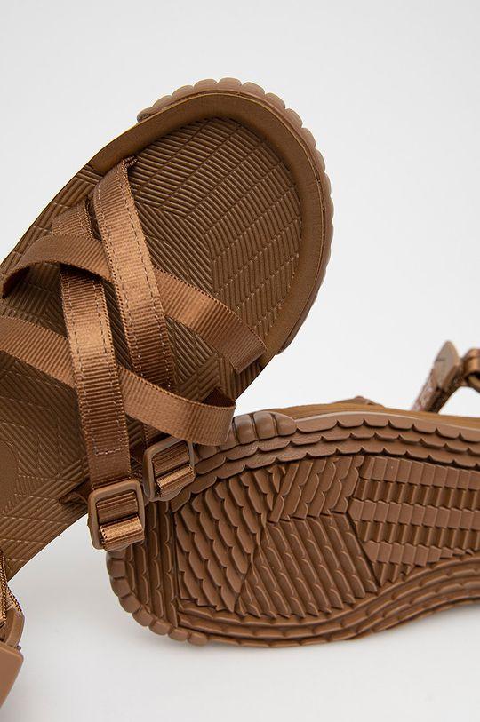 zlatohnědá Shaka - Sandály