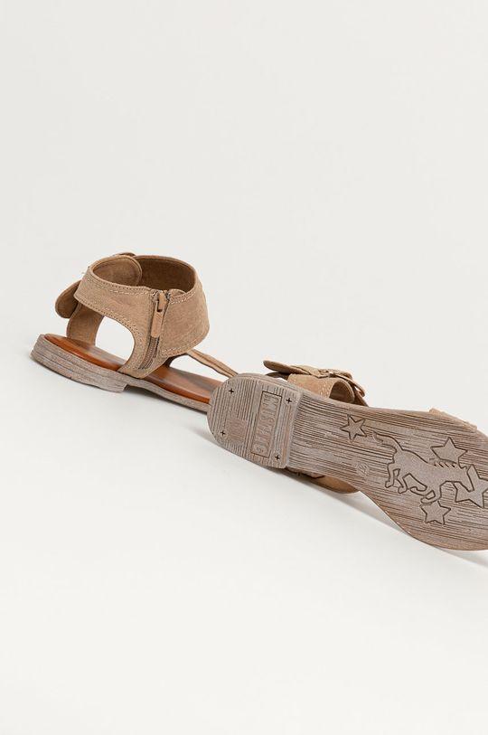 Mustang - Sandále  Zvršok: Textil, Prírodná koža Vnútro: Syntetická látka, Textil Podrážka: Syntetická látka