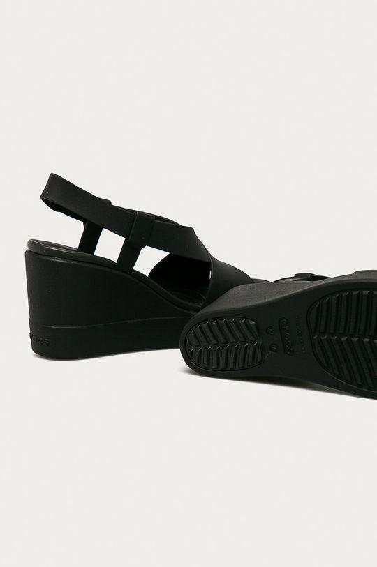 čierna Crocs - Sandále