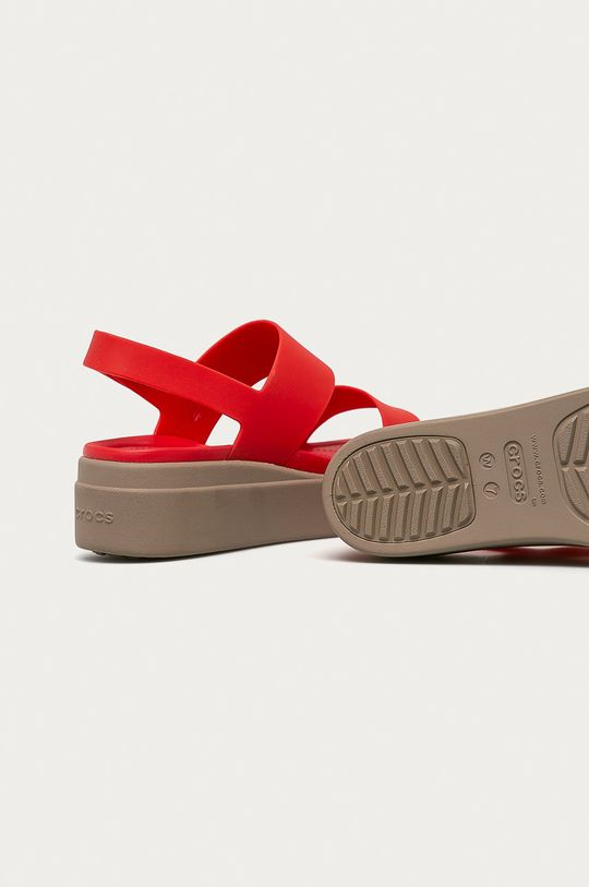 korálová Crocs - Sandály