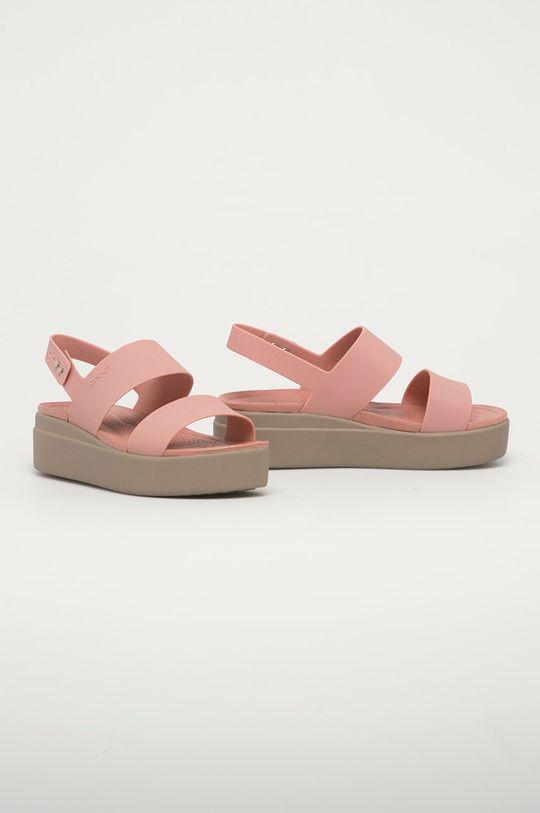 Crocs - Sandály starorůžová
