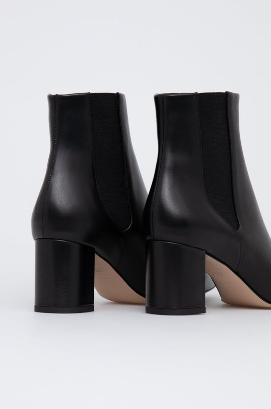 Hugo - Kožené kotníkové boty  Svršek: Přírodní kůže Vnitřek: Textilní materiál, Přírodní kůže Podrážka: Umělá hmota
