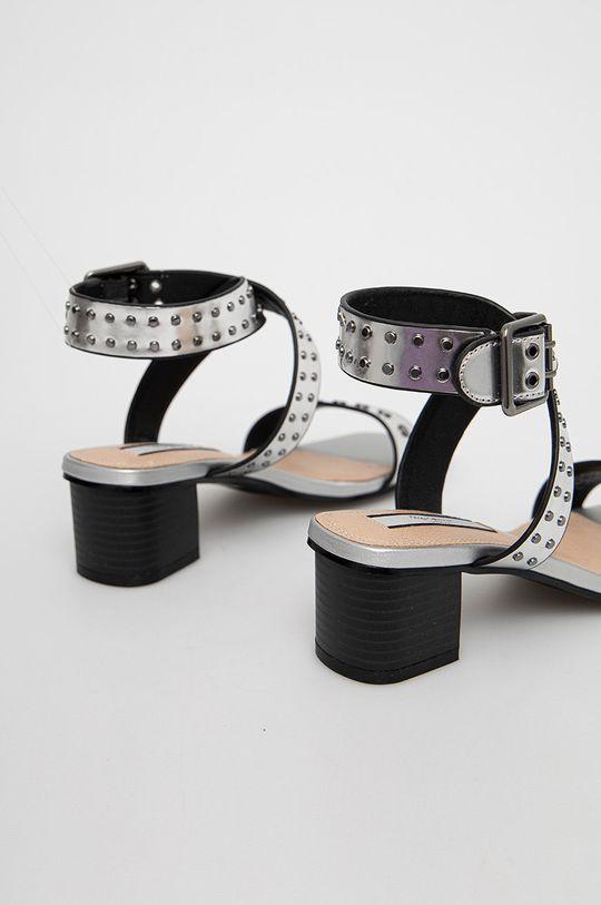 Pepe Jeans - Sandály Romy Studs 2  Svršek: Umělá hmota Vnitřek: Umělá hmota Podrážka: Umělá hmota