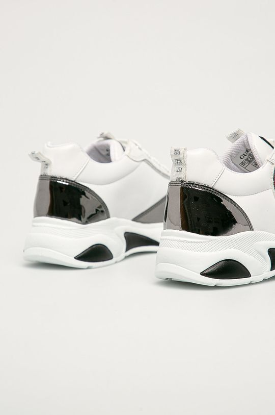 Guess - Dětské boty  Svršek: Umělá hmota Vnitřek: Textilní materiál, Přírodní kůže Podrážka: Umělá hmota