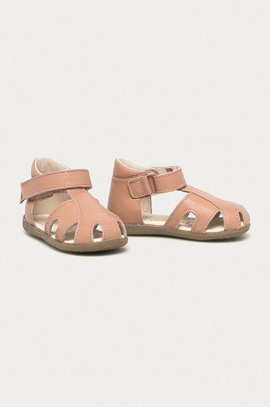 Mrugała - Dětské semišové sandály pastelově růžová