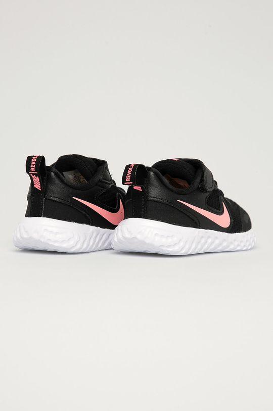 Nike Kids - Dětské boty Revolution 5  Svršek: Textilní materiál, Přírodní kůže Vnitřek: Textilní materiál Podrážka: Umělá hmota