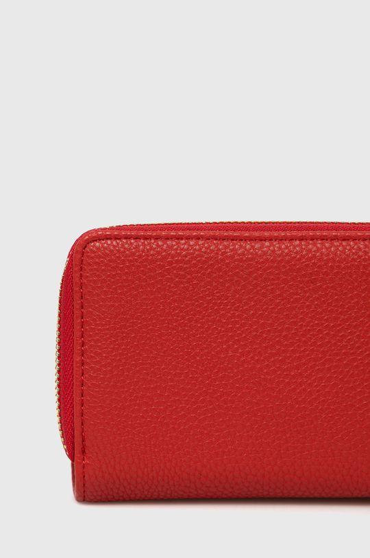 Sisley - Peňaženka  1. látka: 100% Polyuretán 2. látka: 50% Polyester, 50% Polyuretán