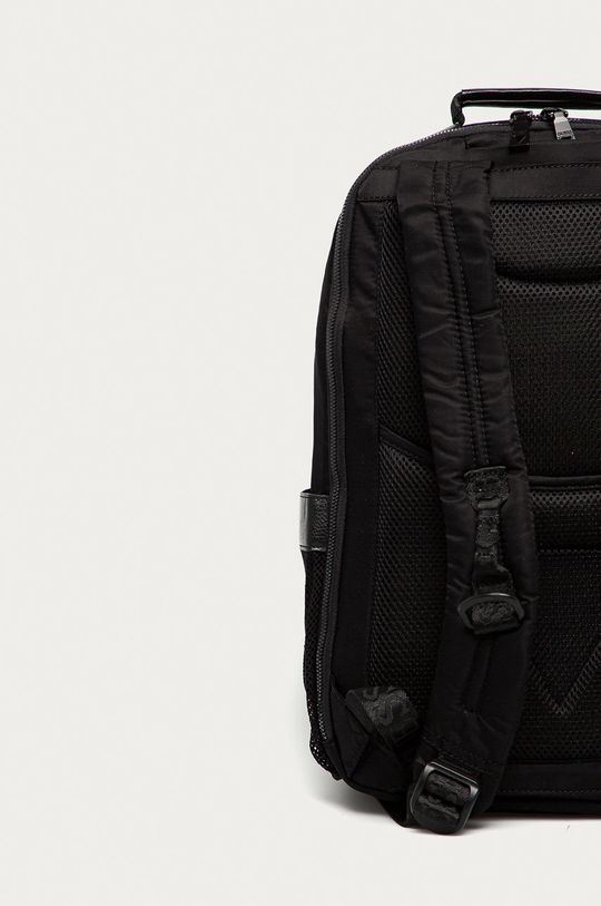 Guess - Batoh  Umělá hmota, Textilní materiál