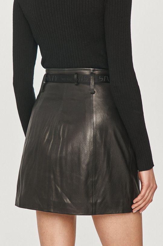 Miss Sixty - Kožená sukně  Podšívka: 52% Polyester, 48% Viskóza Hlavní materiál: 100% Přírodní kůže
