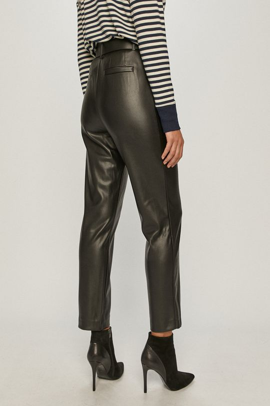 Only - Pantaloni  Materialul de baza: 100% Poliester  Finisaj: 100% Poliuretan