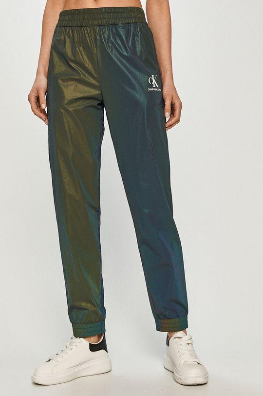 verde Calvin Klein Jeans - Pantaloni De femei