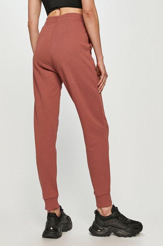 Reebok Classic - Spodnie fiołkowo różowy