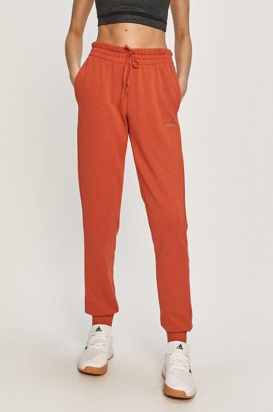 ostry czerwony adidas - Spodnie Damski