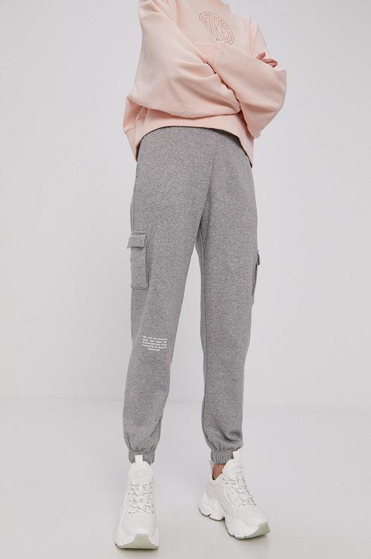 jasny szary Nike Sportswear - Spodnie Damski