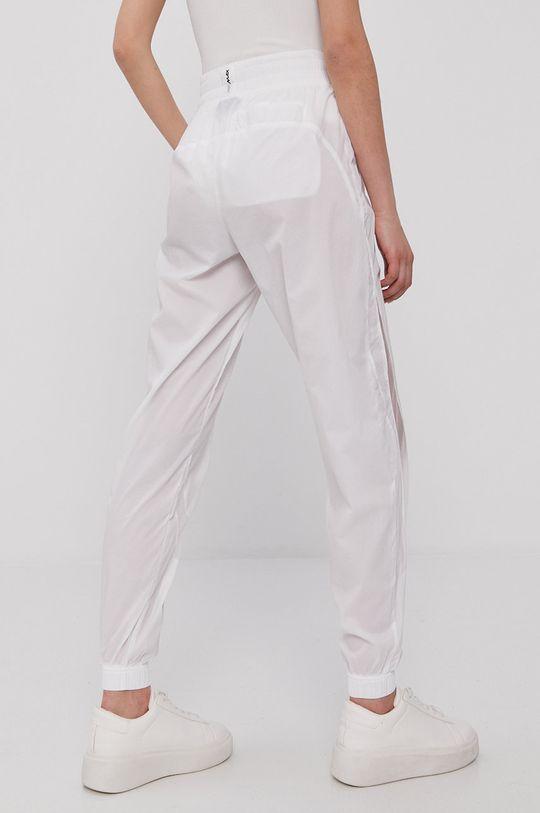Nike Sportswear - Spodnie 100 % Nylon