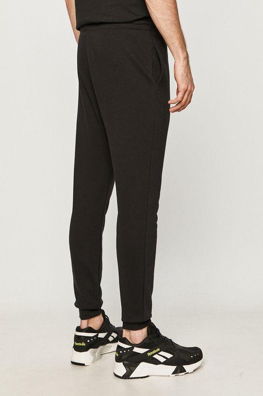Reebok - Pantaloni  Captuseala: 100% Bumbac Materialul de baza: 80% Bumbac, 20% Poliester  Banda elastica: 95% Bumbac, 5% Elastan