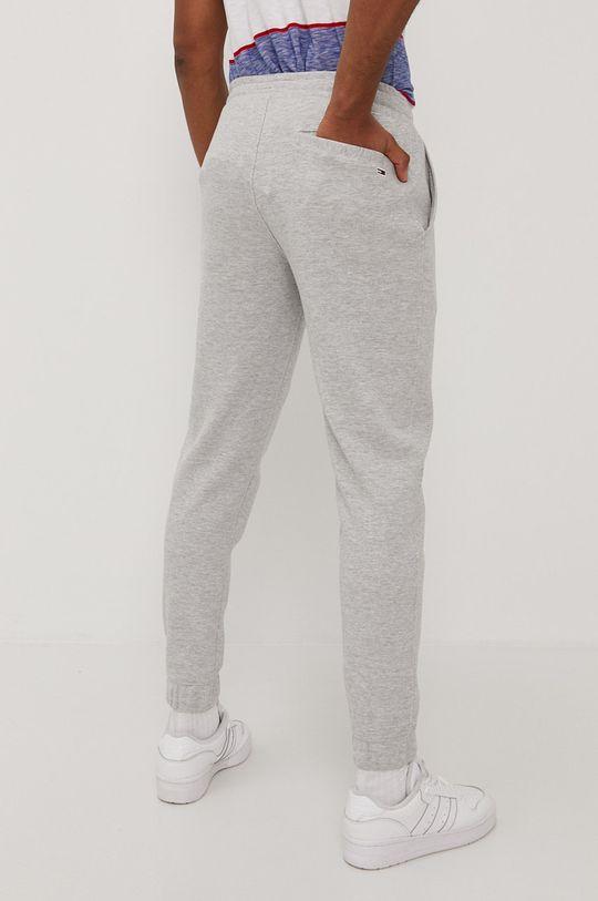 Tommy Jeans - Kalhoty  70% Organická bavlna, 30% Polyester