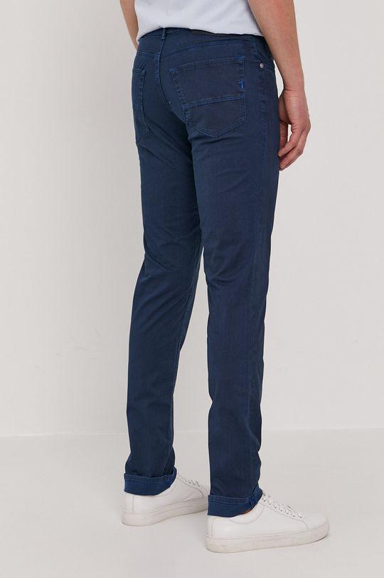 Trussardi Jeans - Kalhoty  Podšívka: 100% Bavlna Hlavní materiál: 98% Bavlna, 2% Elastan