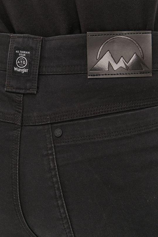 černá Wrangler - Kalhoty ATG