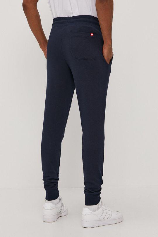 New Balance - Spodnie Materiał zasadniczy: 60 % Bawełna, 40 % Poliester, Ściągacz: 57 % Bawełna, 38 % Poliester, 5 % Spandex