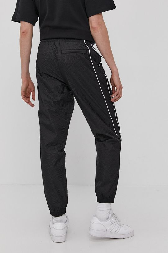 Puma - Pantaloni  Captuseala: 100% Poliester  Materialul de baza: 55% Nailon, 45% Poliester